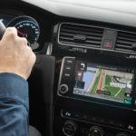 AppRadio i wzmacniacze w samochodach